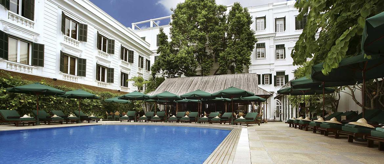 hanoi-hotels_0003_sofitelmetropolehanoipool